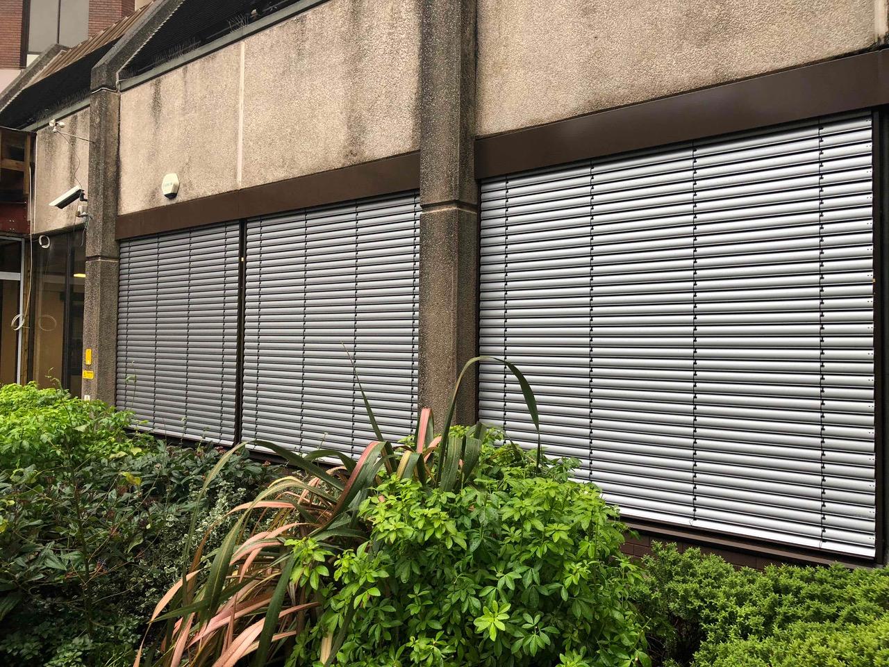 Warema UK External Venetian Blinds with Climatronic Controls Woking town